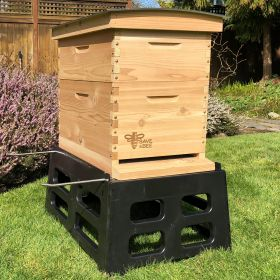 This premium cedar beekeeping kit is the best that money can buy. We've specifically designed this kit with the beginning beekeeper in mind and handpicked high quality and easy-to-use components so you can focus on the joys of keeping bees.