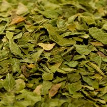 Dried and chopped parsley flakes are ready to use in recipes like ranch dressing, carbonara sauce, and garlic bread.